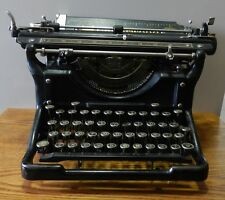 1935 Underwood # 6 typewriter serial  # 4332462-11 in working condition