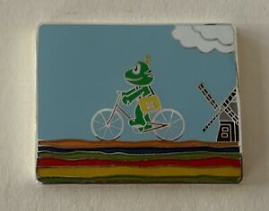 August 2006 Signal the Frog The Netherlands Geocoin