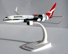 Qantas Mendoowoorrji Boeing 737-800 1:200 Herpa SnapFit 610247 Modell B737 NEU