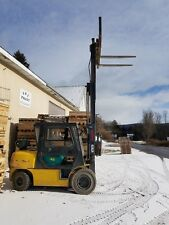 Komatsu 10000lb Forklift with Enclosed Cab