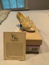 """Authentic """"Just the Right Shoe"""" by Raine - Tying the Knot"""