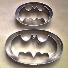 2 Size Batman Logo Cookie Cutters Fondant Biscuit Candy Metal Baking Set