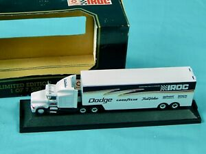 Iroc Limited Edition Racing Champions 1:87 Die-Cast Transporter Dodge Truck Box