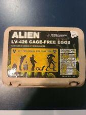 ALIEN LV - 426 CAGE - FREE EGGS  NECA 6 eggs & 3 facehuggers