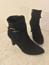 AQUATALIA Black Smooth Suede Buckle Accents Ankle Booties. Women's Sz 6 M. Italy