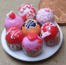 1:12 Scale 7 Assorted Cup Cakes On A Plate Dolls House Miniature Accessory CC12
