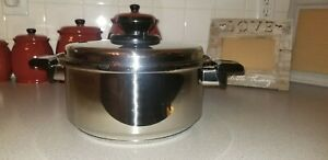 Kitchen Craft by West Bend 4 Quart Stock Pot with Lid SST - Great Condition