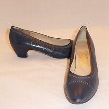 Vintage Salvatore Ferragamo Italy Blue Leather Pumps Shoes sz 9 AA Narrow
