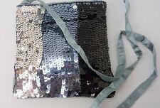 Schultertaschen mit einem Träger und Pailletten
