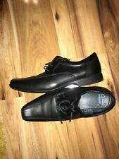 Clarks Mens Shoes Size 8G WORN ONCE