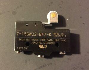 *New* OMRON Z-15GW22-B-7-K SWITCH; SNAP; PANEL MOUNT Limit Switch (NO BOX)