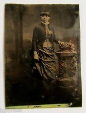 ANTIQUE VICTORIAN 1800's TIN TYPE STUDIO PHOTO OF A LADY / #2