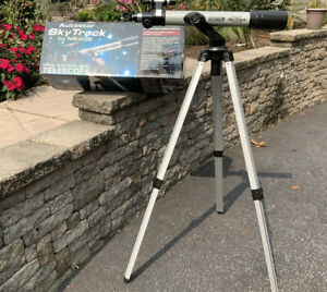 MEADE MO. DS-60AT REFLECTING TELESCOPE SELF GUIDE AUTOSTAR  #493 With software