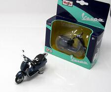 Model Scooter 1:18 Vespa Granturismo 2003 Metallic Blue Display Box Maisto