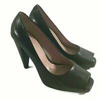 Gwyneth Pumps Diva Black Leather Peep Toe Heels Shoes Women's 8M EUC