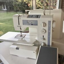 Bernina 1020 Sewing machine and accessories -  fully working serviced