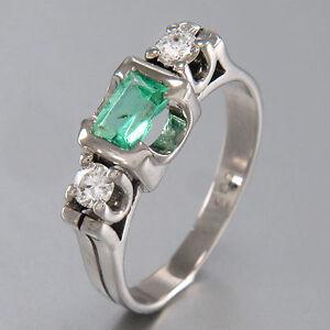 Ring 585/14K White Gold - 1 Aquamarine - 2 Diamonds Approx. 0,20 CT - UK 51 -