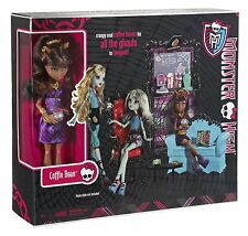 Monster High Coffin Bean and Clawdeen Wolf Doll Playset