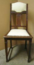 Stuhl Vintage Antik über 100 Jahre alt mit Leder neu gepolstert
