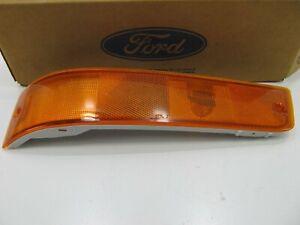 NEW GENUINE  Left Side Marker Light Lamp OEM 1990-1992 Ford Probe F02Z-15A201-B