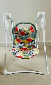 Graco Baby Delight 2 speed swinging chair