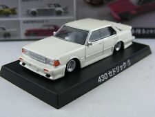 Nissan Cedric 430 1981 in weißmetallic, Aoshima Best of Grachan 2, 1/64