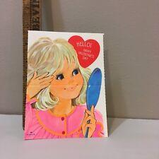 VTG Valentine Card hübsches blondes Mädchen Primping Spiegel Pink Kleid Hallmark unbenutzt