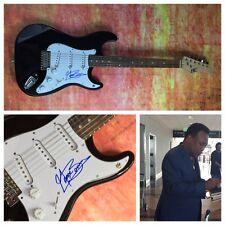 GFA Legend Jazz Guitarist * GEORGE BENSON * Signed Electric Guitar PROOF AD2 COA