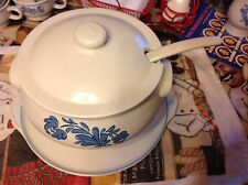 Pfaltzgraff Yorktown Soup Tureen w/ lid & Laddle, Great Condition#1035