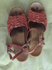 "Famolare Vintage ""Get There!"" sandals dark orange 6 1/2 Excellent Condition"
