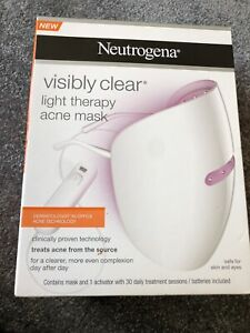 Neutrogena visibly clear light therapy - Boxed