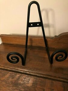 Collectible Decorative Black Metal Plate Rack Picture Rack Can Sit or Hang