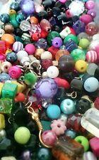 150   perle di varie misure , colori e materiali  hobby bigiotteria - LOTTO