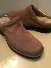Uggs Australia womens beige suede clogs shoes 5529 Size 8