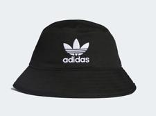 ADIDAS- BLACK ADICOLOR BUCKET HAT.