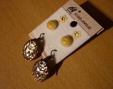 Set van 3 paar oorbellen gele bloemen rond gemarmerd goudkleurig vlakke hangers