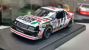 Quartzo 1:43 Diecast NASCAR Terry Labonte Kellogs # 14 Chevrolet Lumina w case