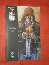 SUPERMAN- terra uno -VOLUME UNO N°1 -Brossurato-DI:Michael scraczynski-DC COMICS