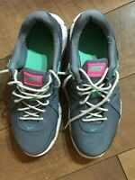 Women's Nike Revolution Athletic Shoes Sneakers Running BARELY WORN 8.5 WOW!