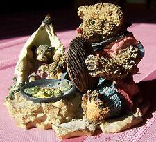 Ganz Cottage Resin Figurine by Lorraine, Motley & Ricky - FISH IS FRYIN',  Bear