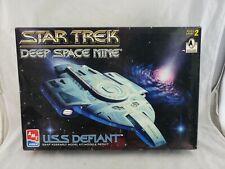 Star Trek Deep Space Nine USS DEFIANT AMT/ERTL 1996 Snap Model Kit #8255
