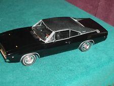 ERTL 1968 DODGE CHARGER 440 MAGNUM 1/18 BULLITT BLACK w DISPLAY CASE