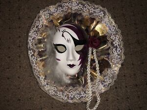 Lady Face Mask Wall Hanging Decor