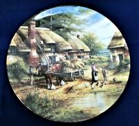 COUNTRY DAYS Wedgwood Ltd Edt Bone China Plate MENDING THE THATCH Chris Howells