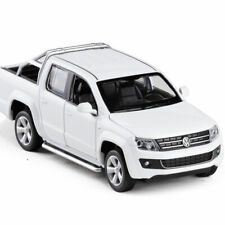 1:30 VW Amarok Pickup Truck Model Car Diecast Gift Toy Vehicle White Collection