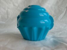 TUPPERWARE BLUE CUPCAKE MUFFIN KEEPER HOLDER #6398 FORGET ME NOT STORAGE CONTAIN