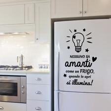 01458 Wall Stickers Adesivi Murali Aforisma Nessuno come il frigo 40x65 cm