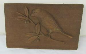 HAND CARVED WOOD PLAQUE BIRD VERY GOOD CONDITON