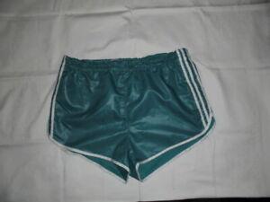 Glanznylon Shorts, gut erhalten, Farbe: Mintgrün ,Größe: XL