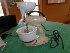 Vintage Mixer Hamilton Beach Stand Model G Electric Bowls Beater Juice extractor